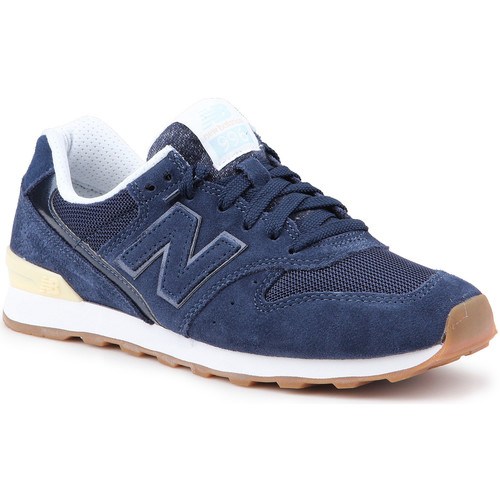 Shoes Women Low top trainers New Balance WR996FSC navy