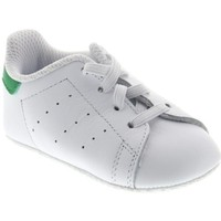 Shoes Children Low top trainers adidas Originals Stan Smith Crib