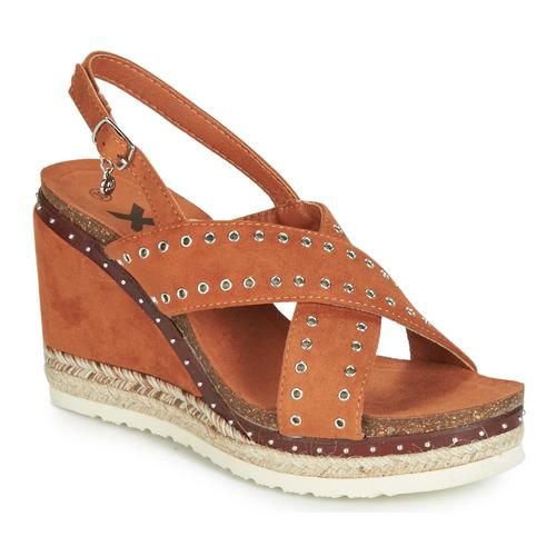 Shoes Women Sandals Xti 48922 Cognac