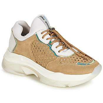 Shoes Women Low top trainers Bronx BAISLEY White / Brown