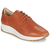 Shoes Men Low top trainers André VELVETINE Brown
