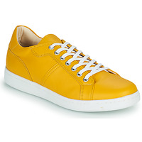 Shoes Men Low top trainers André AURELIEN Yellow