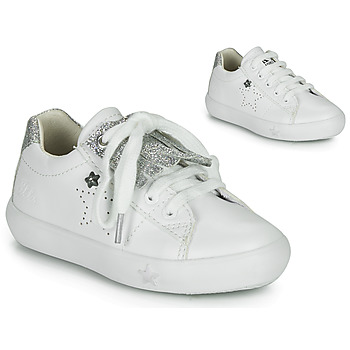Shoes Girl Low top trainers Ikks MOLLY White
