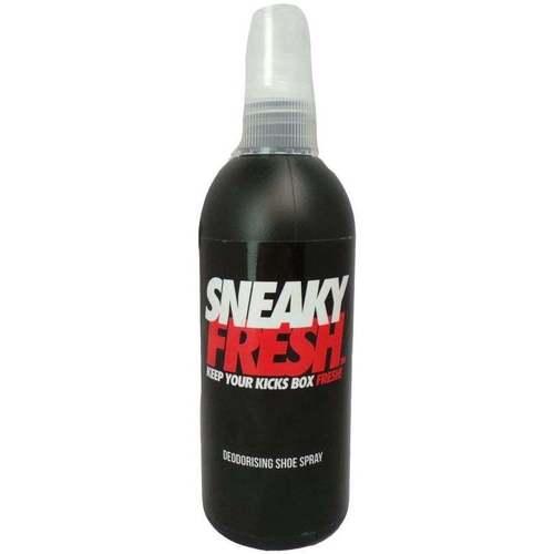 Shoe accessories Shoepolish Sneaky. Fresh black