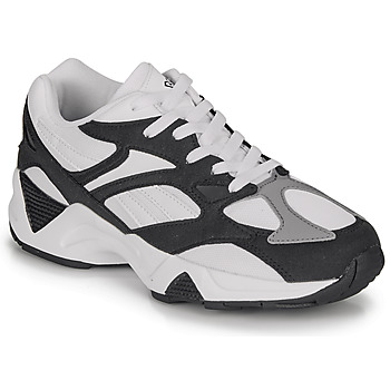 Shoes Low top trainers Reebok Classic AZTREK 96 White / Black