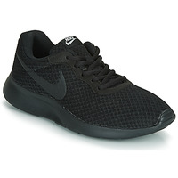Shoes Women Low top trainers Nike TANJUN W Black