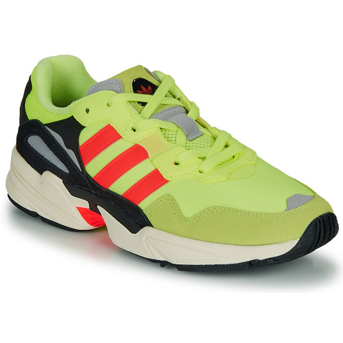 Shoes Men Low top trainers adidas Originals YUNG-96 Yellow