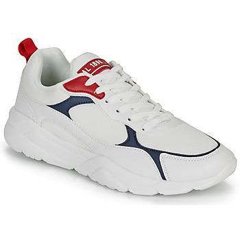 Shoes Men Low top trainers André MARATHON White