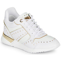 Shoes Women Low top trainers Guess  White
