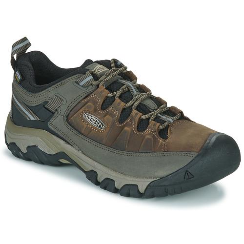 Shoes Men Walking shoes Keen TARGHEE III WP Brown