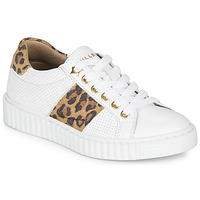 Shoes Girl Low top trainers Bullboxer LORIS White / Leopard