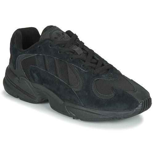 Shoes Men Low top trainers adidas Originals YUNG 1 Black
