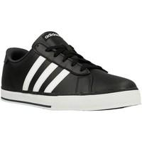 Shoes Men Low top trainers adidas Originals SE Daily Vulc White,Black