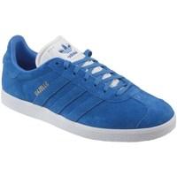 Shoes Men Low top trainers adidas Originals Gazelle White,Blue