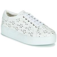 Shoes Women Low top trainers Cristofoli NALA White
