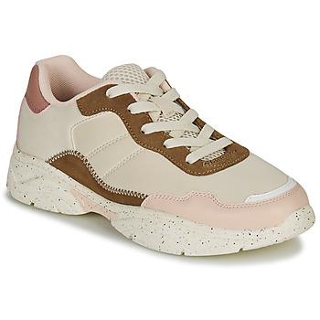 Shoes Women Low top trainers André HAZE Beige