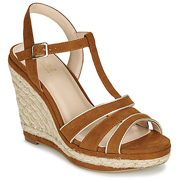 Shoes Women Sandals André JULY Camel