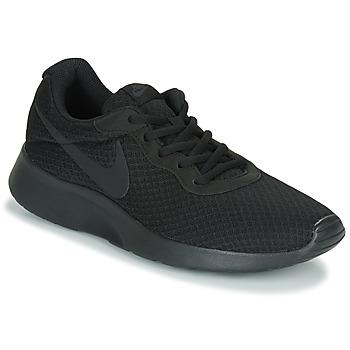 Shoes Men Low top trainers Nike TANJUN Black