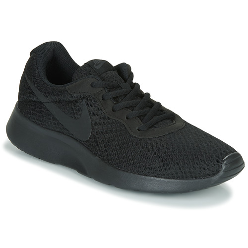 Shoes Men Low top trainers Nike TANJUN Black