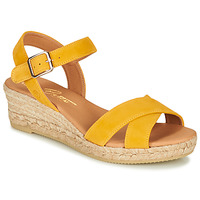 Shoes Women Sandals Betty London GIORGIA Yellow