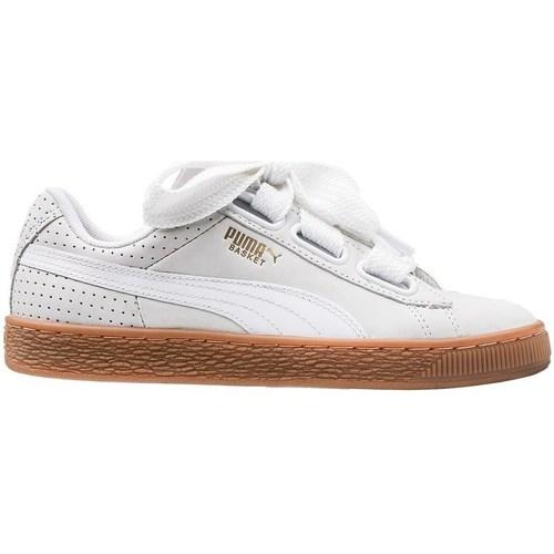 Shoes Women Derby Shoes & Brogues Puma Basket Heart Perf Gum White