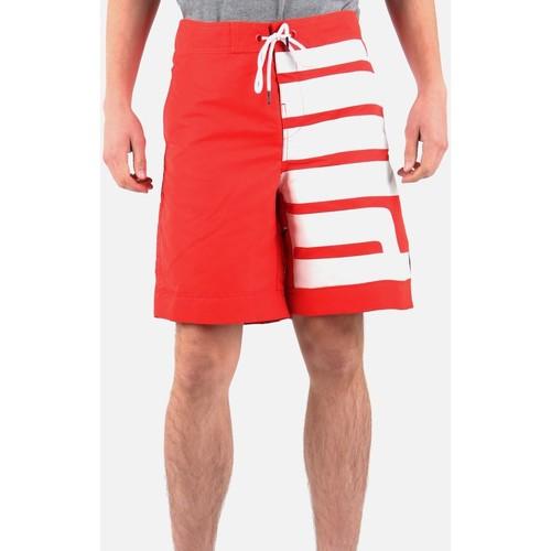 Clothing Men Shorts / Bermudas Puma 554311-02 red, white