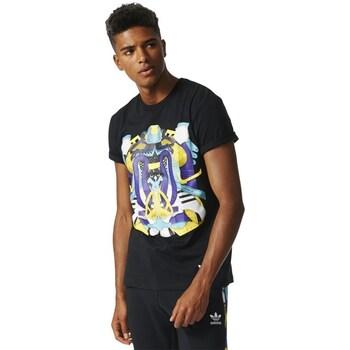 Clothing Men Short-sleeved t-shirts adidas Originals Shoe Montage Black