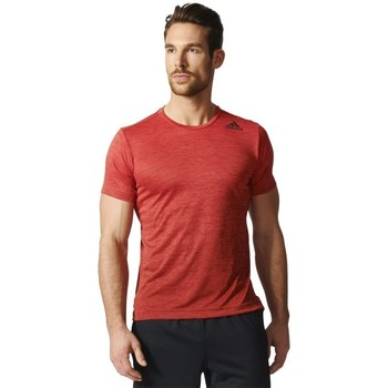 Clothing Men short-sleeved t-shirts adidas Originals Freelift Gradient Tee Red