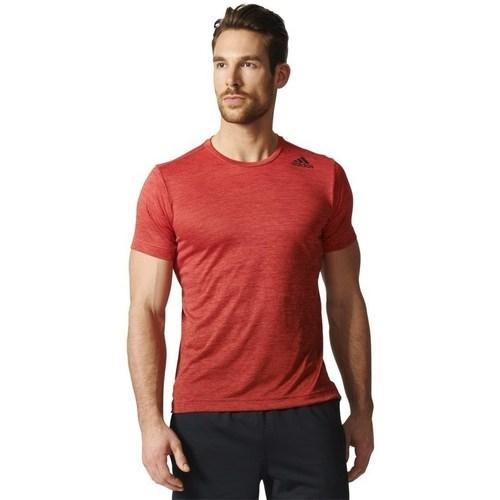 Clothing Men short-sleeved t-shirts adidas Originals Freelift Gradient Tee Red