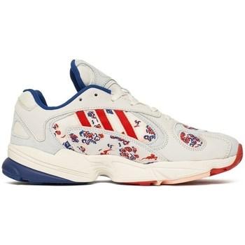 Shoes Men Low top trainers adidas Originals Yung 1