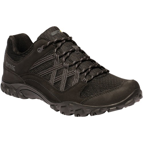 Shoes Men Multisport shoes Regatta EDGEPOINT III Walking Shoes Black