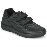 Shoes Men Low top trainers TBS ARCHER Black