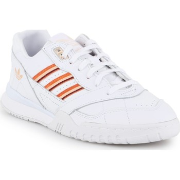 Shoes Women Low top trainers adidas Originals Adidas A.R.Trainer W EF5965 white