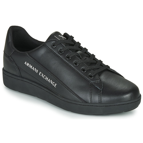 Shoes Men Low top trainers Armani Exchange XV262-XUX082 Black