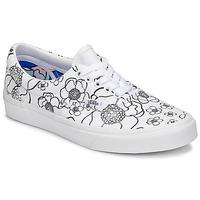 Shoes Women Low top trainers Vans ERA White / Black