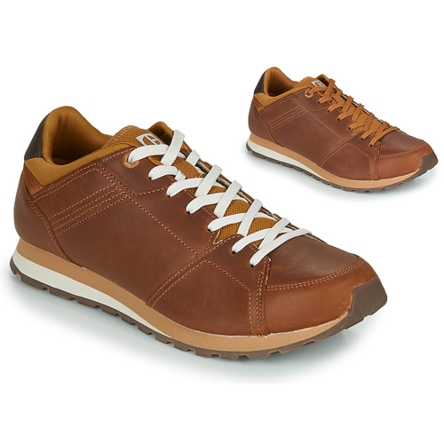 Shoes Men Low top trainers Caterpillar VENTURA BASE Brown