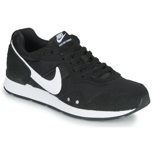 Shoes Women Low top trainers Nike VENTURE RUNNER Black / White