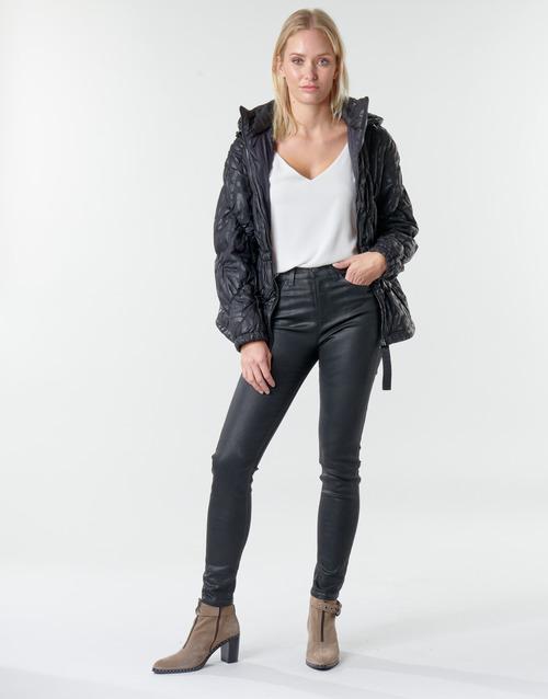 Clothing Women 5-pocket trousers Emporio Armani 6H2J20 Black