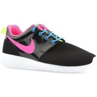 Shoes Girl Low top trainers Nike Roshe One Black