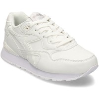Shoes Women Low top trainers Diadora 101173744 White