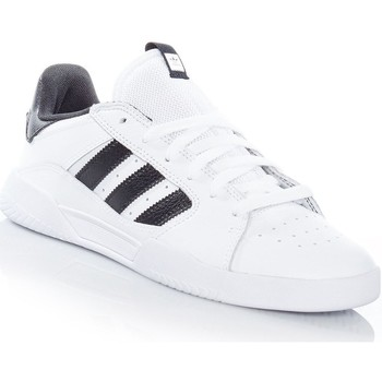 Shoes Men Low top trainers adidas Originals Footwear White-Core Black VRX Shoe White
