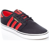 Shoes Men Low top trainers adidas Originals Core Black-Scarlet-Footwear White Seeley Shoe Black