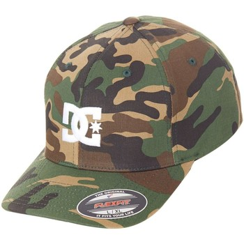 Clothes accessories Men Caps DC Shoes Camo Star 2 Curved Peak Flexfit Cap Brown