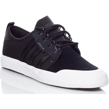 Shoes Men Low top trainers adidas Originals Core Black-Core Black-White Seeley Outdoor Shoe Black