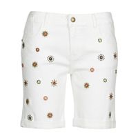Clothing Women Shorts / Bermudas Desigual GRECIA White