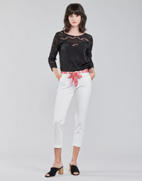 Clothing Women Chinos Freeman T.Porter CLAUDIA FELICITA Bright / White