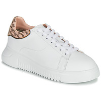 Shoes Women Low top trainers Emporio Armani AMERACI White / Pink