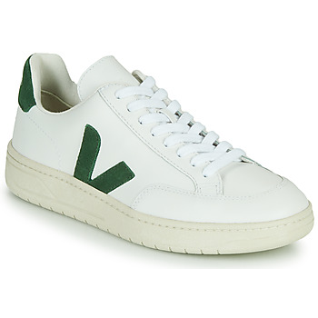 Shoes Low top trainers Veja V-12 White / Green