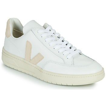 Shoes Low top trainers Veja V-12 White / Beige