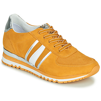 Shoes Women Low top trainers Marco Tozzi FROLA Yellow